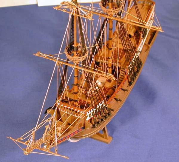 Revell Sir Francis Drake's Golden Hind