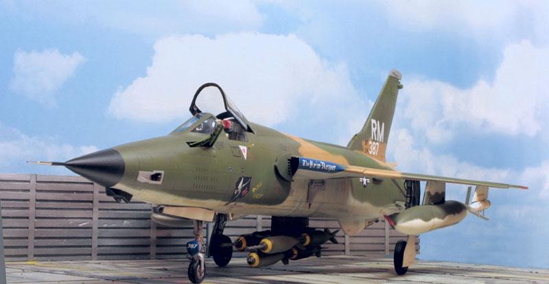 Factsheets Republic F 105D
