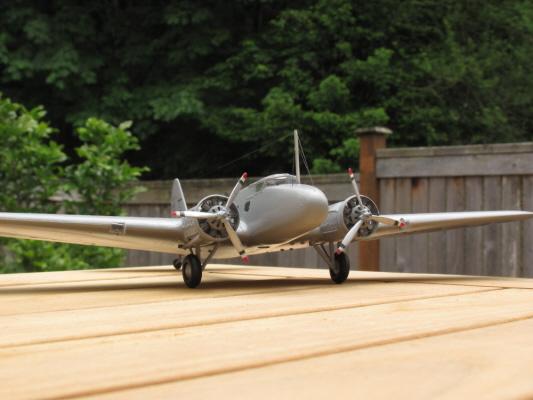 Boeing_247_-4_1.jpg