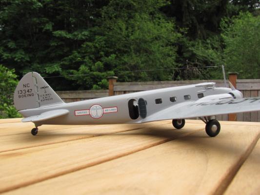 Boeing_247_-_6.jpg