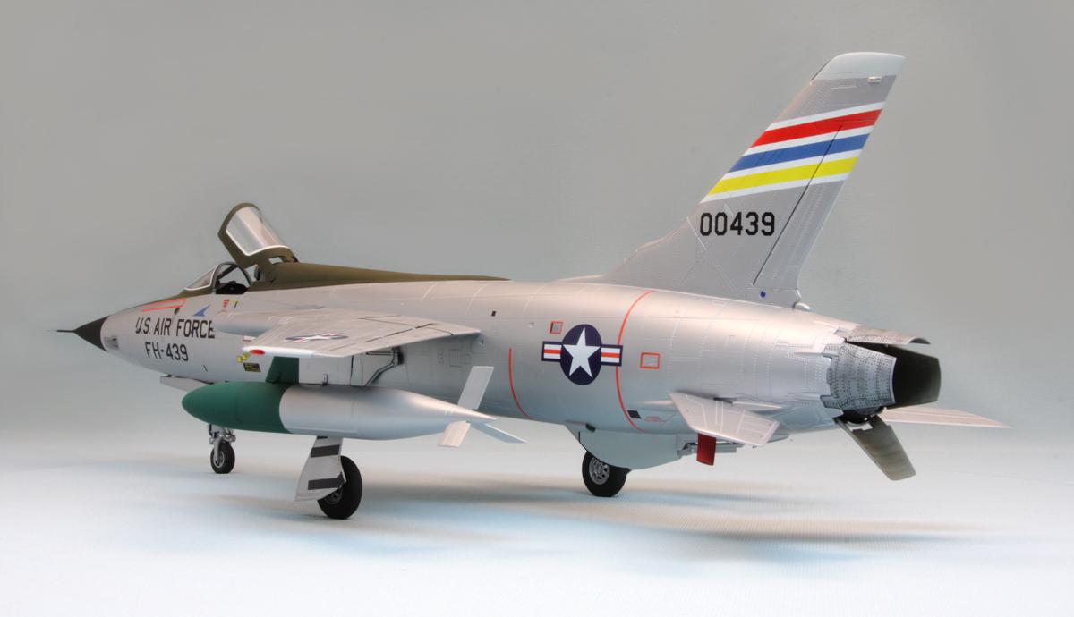 F_105-D_No_4.jpg
