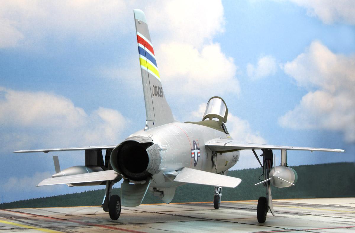 F_105-D_No_6.jpg