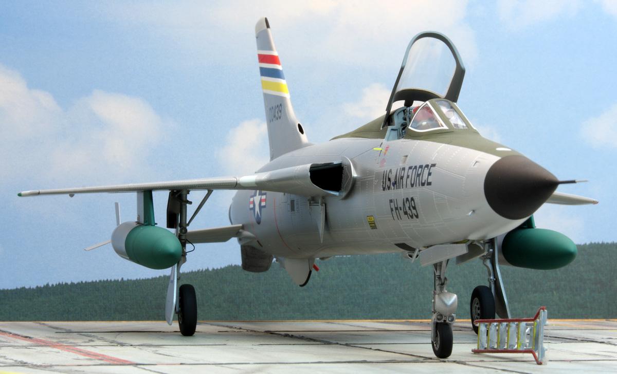F_105-D_No_8.jpg