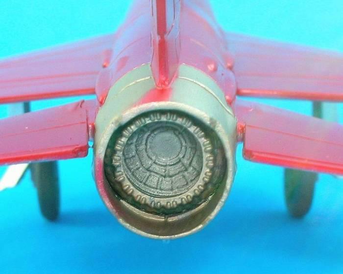 MiG21_06_tailpipe.jpg