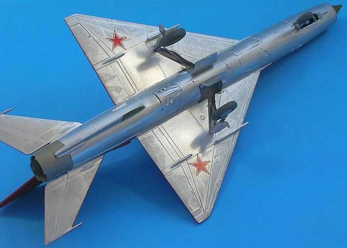 MiG21_07Belly_1.jpg
