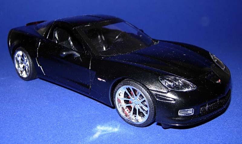 Revell_Z06_Corvette_2.jpg