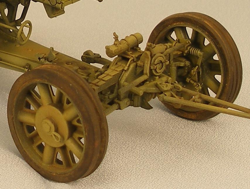 Trumpeter_8.8cm_Panzerjagerkanone_PAK43_1w_2.jpg