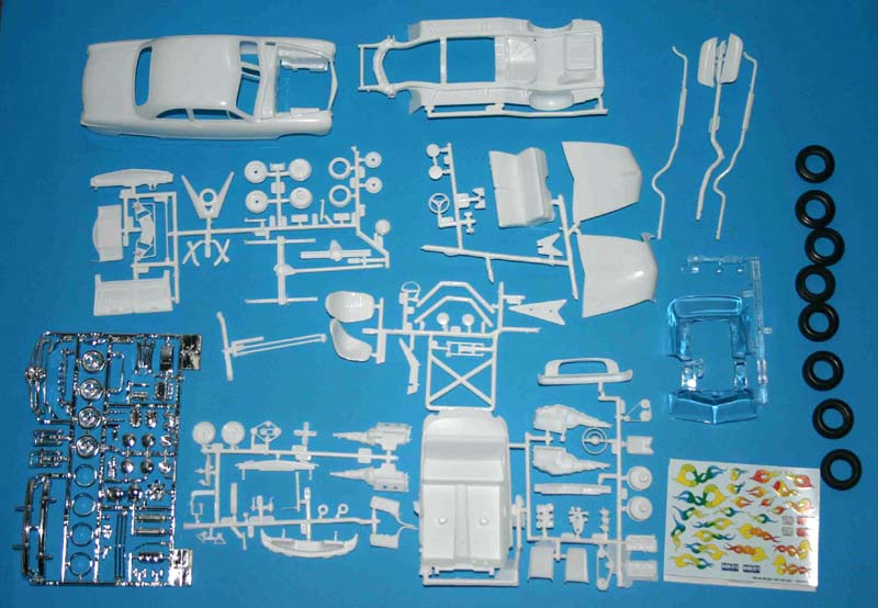 amt_49_Ford_parts.jpg