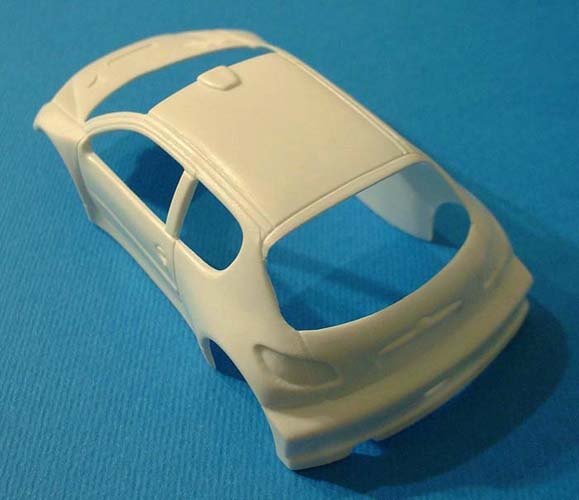 first_look_heller_Peugeot_206_parts_2.jpg