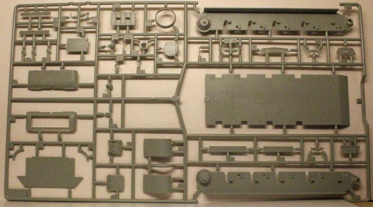 Academy_T-34_Parts_3.JPG