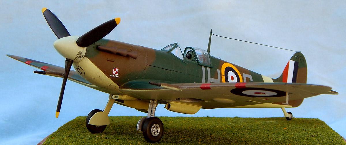 Airfix_Spitfire_23.jpg