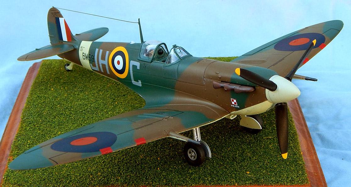 Airfix_Spitfire_27.jpg
