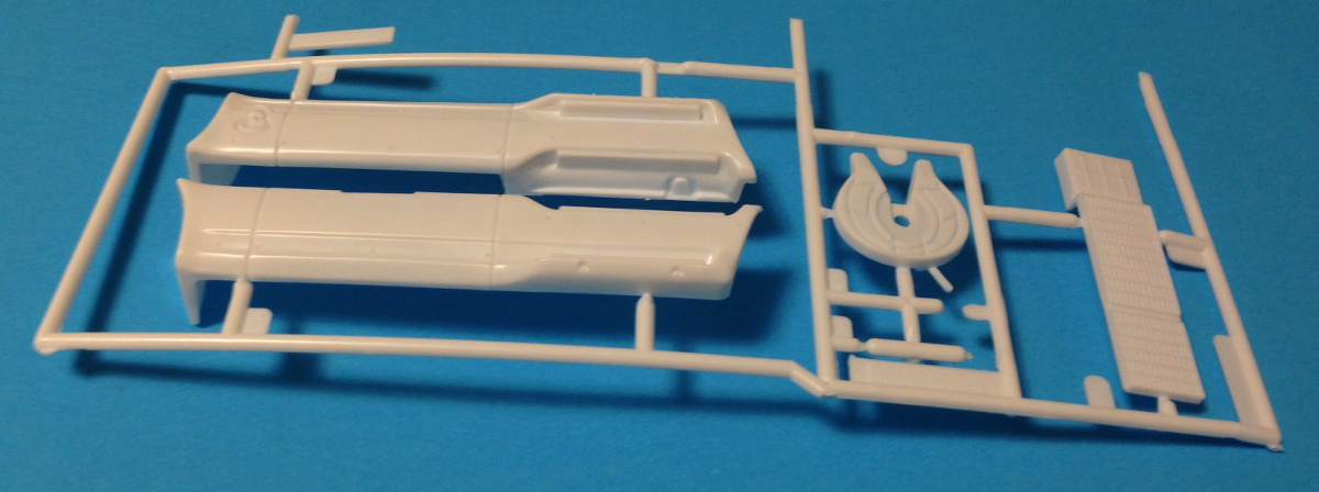 Revell_AeroMax_Parts_6.jpg.JPG