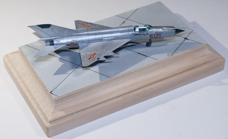 Eduard 1/144 MiG-21MF 05