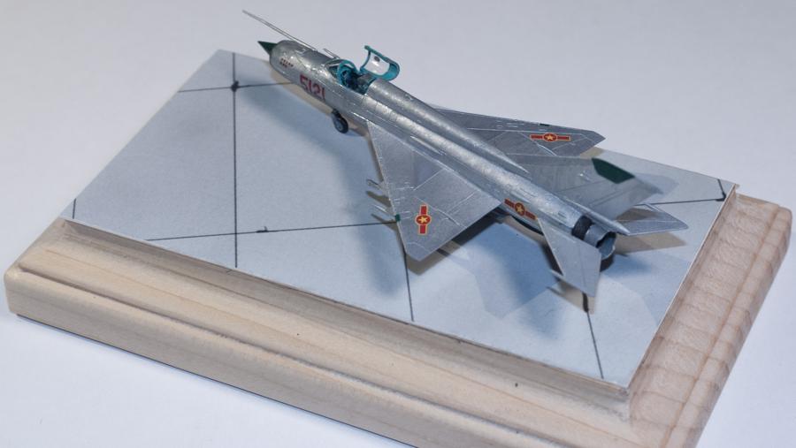 Eduard 1/144 MiG-21MF 06