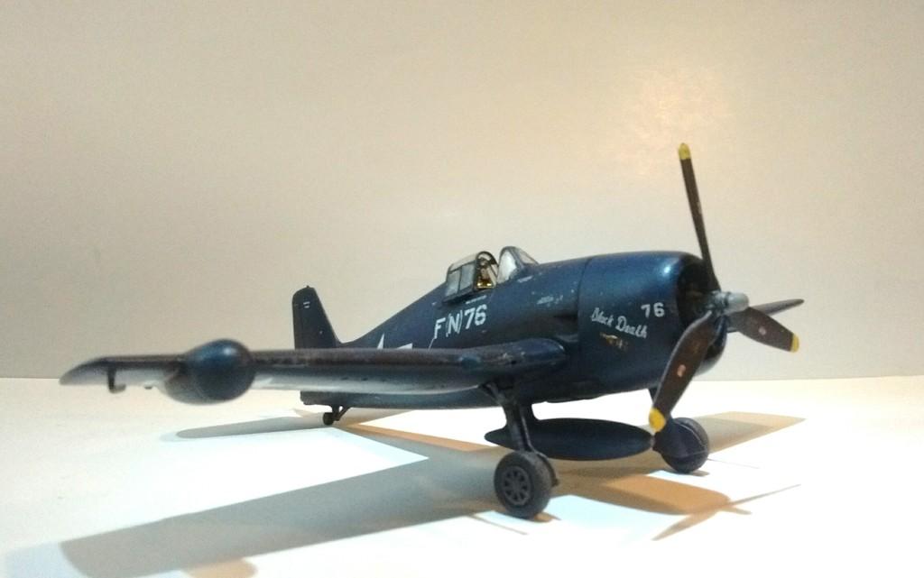 Eduard 1/72 F6F-5N Nightfighter Weekend Edition 05
