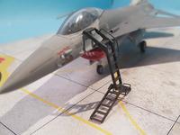 F16 with LP Models Ladder 4.jpg