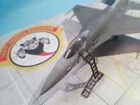F16 with LP Models Ladder 5.jpg
