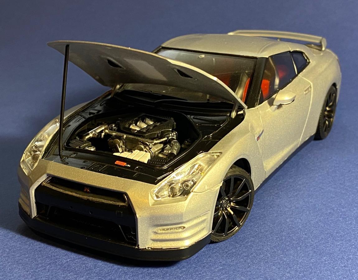 Aoshima_Nissan_GTR_10.jpg