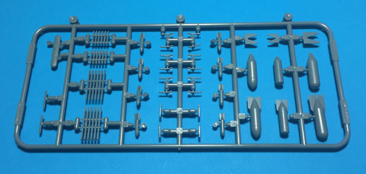 Eduard_Bf110G_Parts_9.jpg