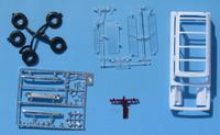 Revell_Suburban_Parts_2.jpg