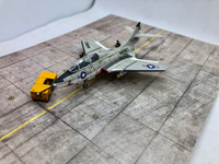 """Miniwing 1/144 Grumman F9F-8T """"Cougar"""" 06"""
